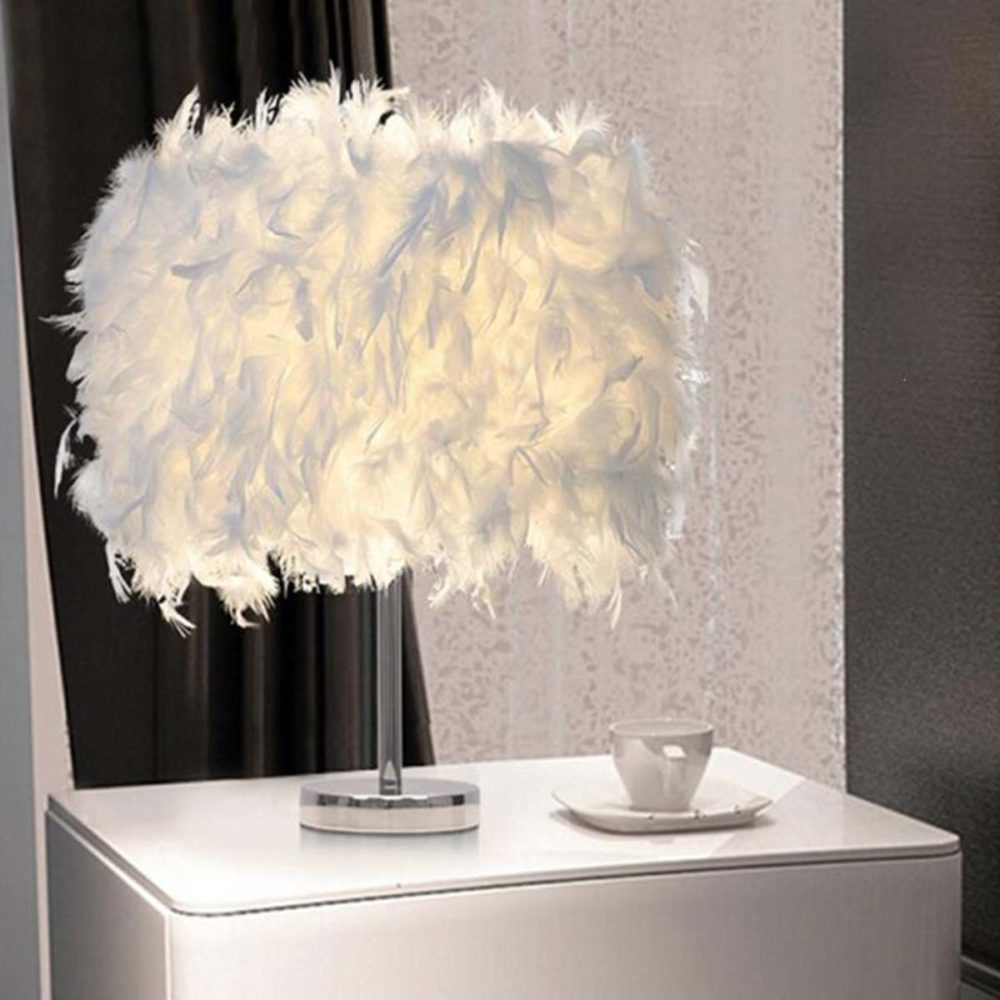 Lampe cocooning abat-jour plumes cosy