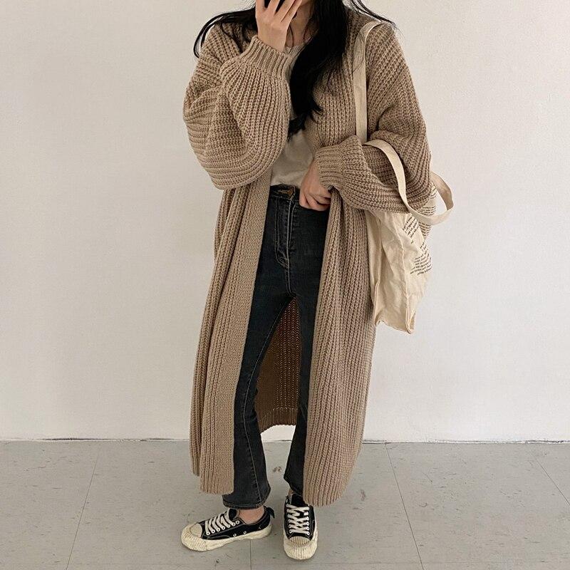 Veste longue tricotée style cardigan
