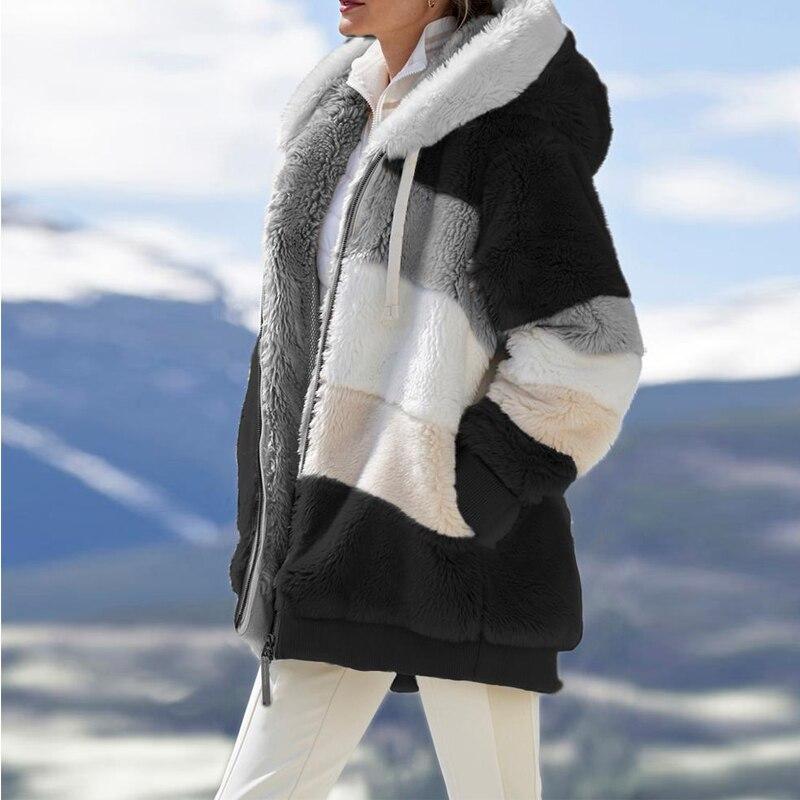 Veste à capuche fausse fourrure