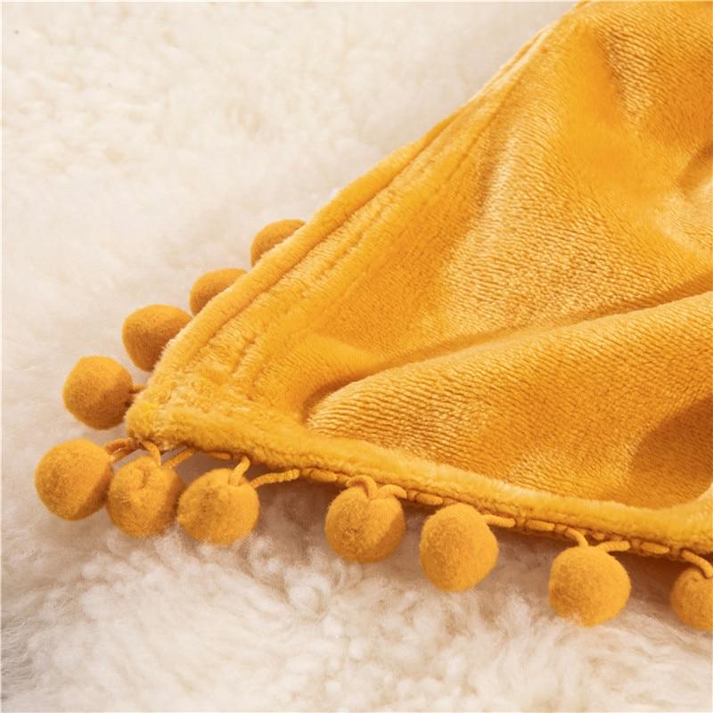 Plaid molletonné tout doux jaune