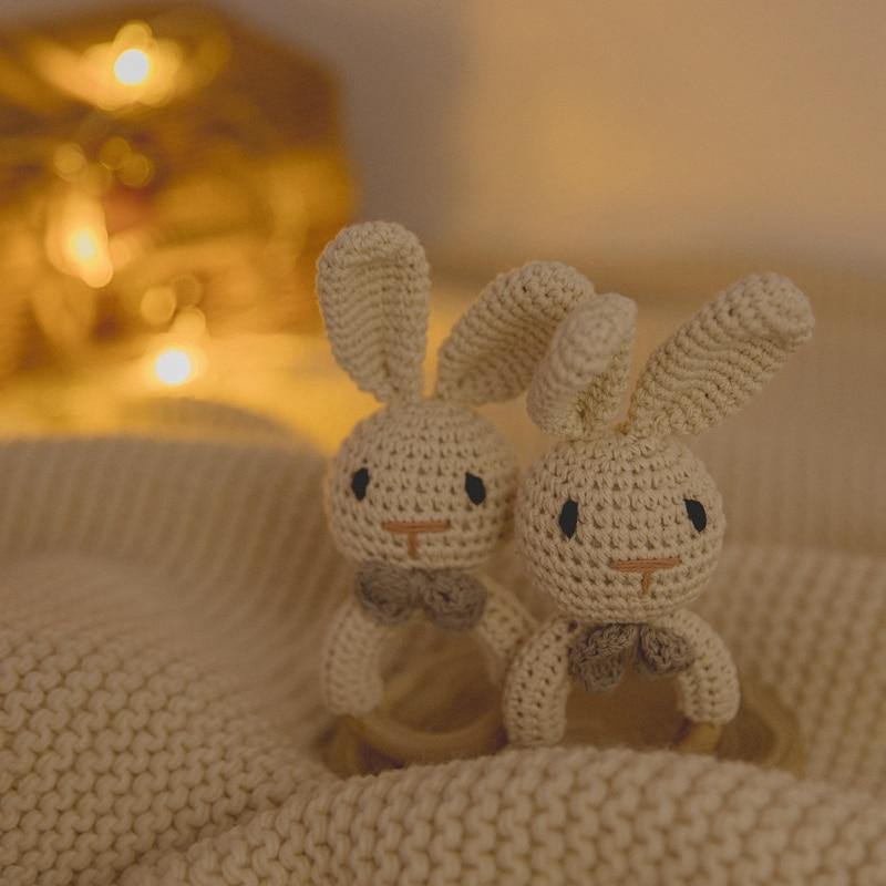 Hochet en crochet en forme de lapin pour bébé