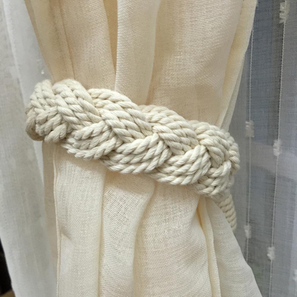 Embrasses blanches torsadées pour vos rideaux