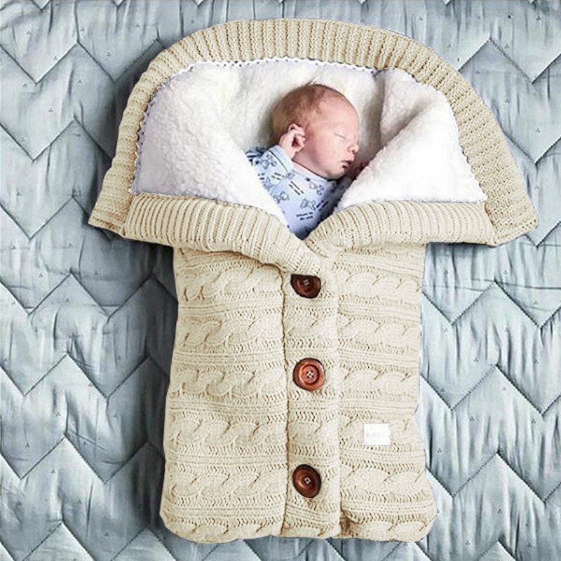 Superbe gigoteuse pour bébé avec boutons