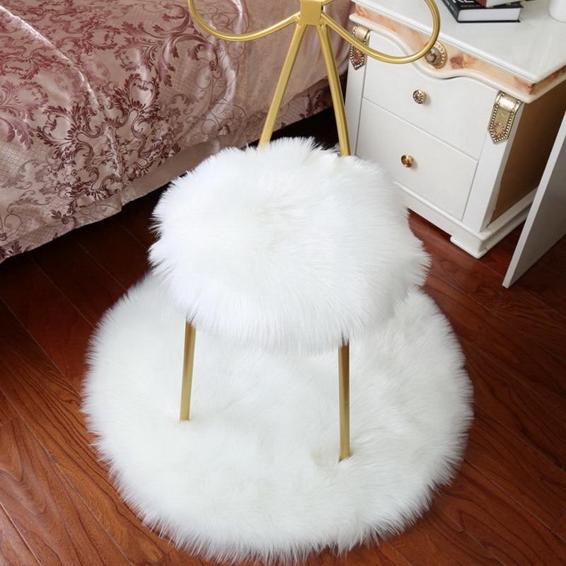 Tapis rond tout doux en laine artificielle